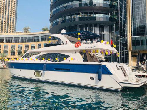 90 Feet Yacht -Marina